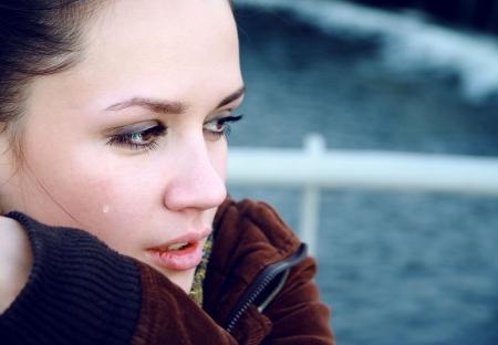 Crying mooie vrouw