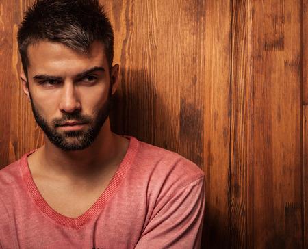 Attractive men indoor  Close-up photo 版權商用圖片 - 30973376