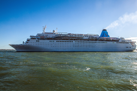 cruiseship: VENICE, ITALY - AUGUST 17, 2016: Cruise Ship in Grand Canal on August 17, 2016 in Venice, Italy.