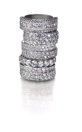 다이아몬드 보석 결혼 반지의 클러스터 스택 스톡 콘텐츠