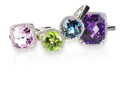 Cluster pila de anillos de boda engagment piedra preciosa del diamante