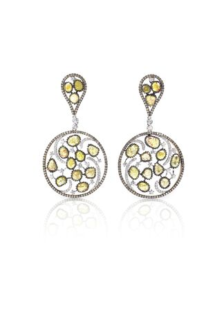 amber coloured: Yellow gold and diamond earrings isolated on white quartz and amber