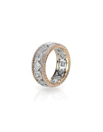 anillo de boda: anillo de banda de compromiso de la boda de diamante de oro