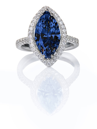 zafiro: Blue Sapphire Beautiful Diamond Engagement ring. Gemstone Marquise cut surrounded by a halo of diamonds.