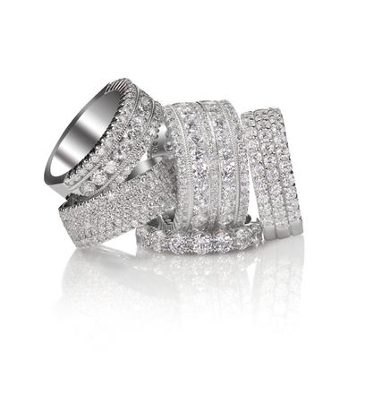 다이아몬드 포장 보석 반지 세트 보석 보석 훌륭한 보석. 그룹 보석 또는 여러 보석 다이아몬드 반지의 클러스터.