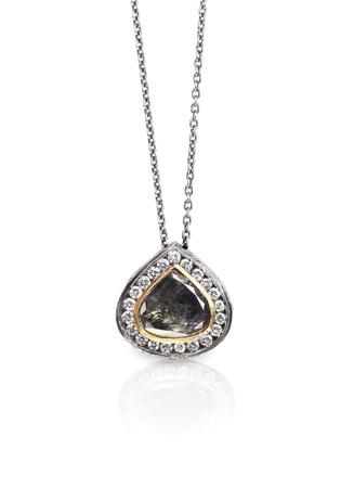 diamante de diamante de estilo de diamante de diamante fina collar de bronce Foto de archivo