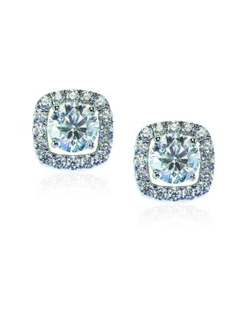 Beautiful Halo Diamond Stud earrings with reflection isolated on white 版權商用圖片