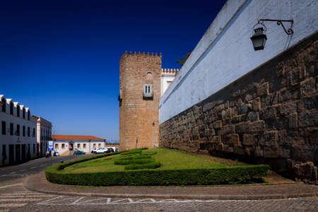 corinthian column: EVORA, circa 2015 - A wide angle shot of the historic center in Evora, Portugal