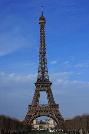 Panoramic of the eifel tower under a blue sky