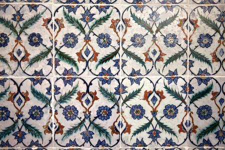 Alte Fliesen Muster Auf Keramischen Wand Im Topkapi Palast In Istanbul,  Türkei Photo