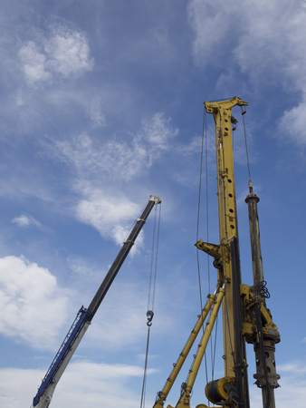 driller: works for hole drilling machine