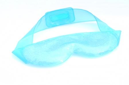 een oogmasker met koeling kralen voor een ontspannende schoonheidsbehandeling Stockfoto