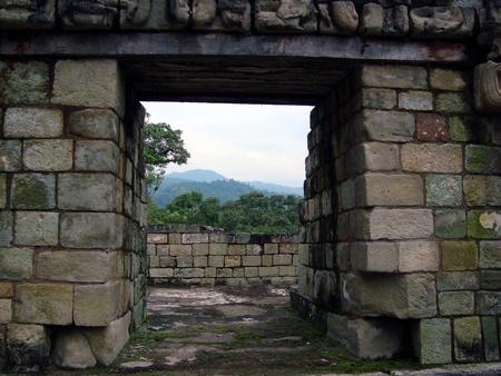 古代マヤ遺跡、山々 - コパンルイーナスまたはホンジュラス、コパン遺跡