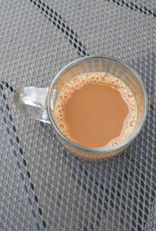 americano: cafe americano or latte in a clear mug