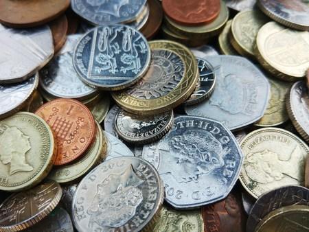sterlina: Primo piano di monete in sterline