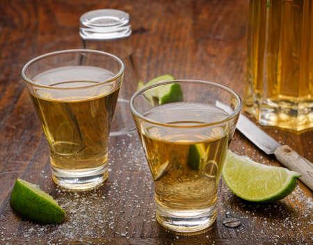 Tequila Shots 版權商用圖片