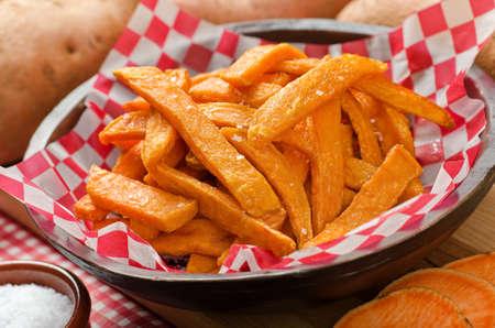 batata: Dulces patatas fritas Foto de archivo