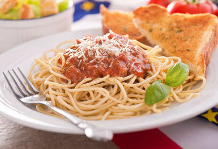 Spaghetti with Meat Sauce Фото со стока