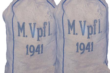 jute sack: Due età sacco di iuta. Navy ristorazione sacchetti con timbratura M.Vpfl. 1941