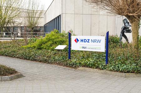 donacion de organos: Bad Oeynhausen, NRW, Alemania - 24 de marzo 2015: Corazón de entrada y Diabetes Center Renania del Norte-Westfalia en Bad Oeynhausen.
