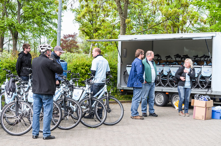 rwe: Essen, NRW, Germany - May 6, 2015: Bicycle tour with artificial heart patients of Elisabeth-Krankenhaus The Dining Contilia Group in Essen-copper rotating.