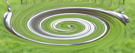 だからニュートンのゆりかごや振り子球、ニュートンのゆりかごと呼ばれるニュートン振り子。物理学は、行動、反応、概念や原因と効果です。