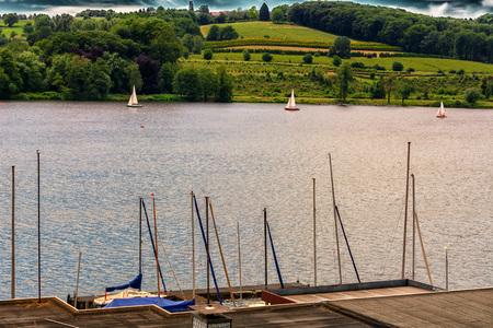 Essen in Duitsland, panoramisch uitzicht vanaf Baldeney Lake (Baldeneysee)