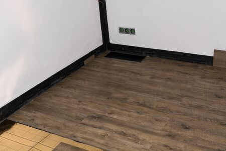 Longitudinal interlocking joint - The order of the technological processes for laying and laying floating floors - Laminate - professional work