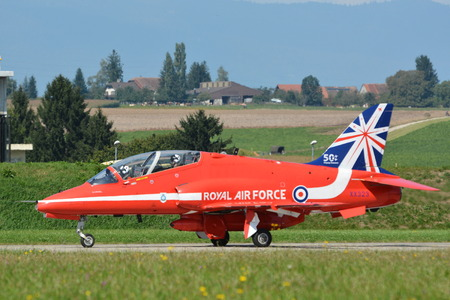royal air force: Royal Air Force - Red Arrows - RAF