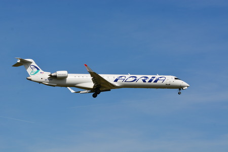 msn: Airline Adria Airways  Canadair Regional Jet - MSN 15284 - S5-AAV