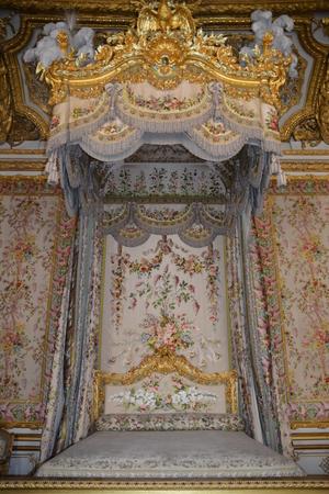 queen bed: Bedroom Of Marie Antoinette, Versailles  Salon de Mercure