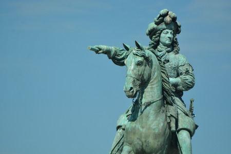 louis the rich heritage: Equestrian statue of Louis XIV in front of the palace in Versailles.