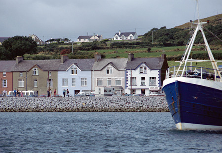 achill: Dingle village and harbour in Ireland