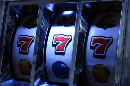 Close up of three seven one Jackpot Slot Machine Reklamní fotografie