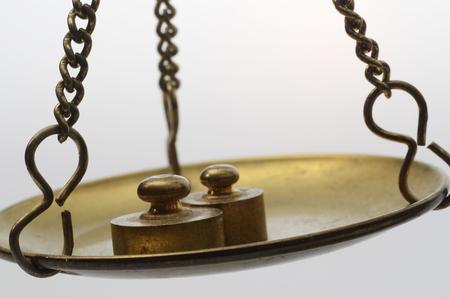 Equilibrio balanza Antiguo de oro Foto de archivo