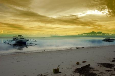 Siquijor 섬, 필리핀 해변과 보트 풍경