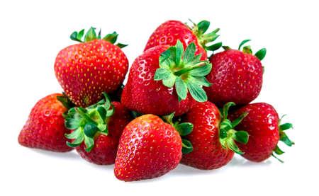 신선한 달콤한 딸기 흰색 배경에 고립.