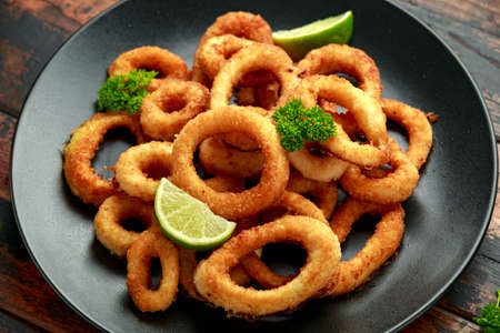 Oven baked breaded calamari rings served with lime wedges, sweet chilli sauce and mayonnaise.