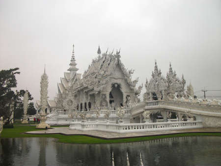 temple of heaven:  Wat Rong Khun or White Temple   Heaven on Earth
