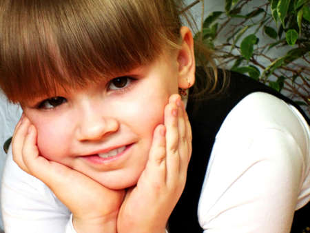 Smiling Little Girl Stock Photo - 13778674