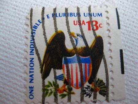 pluribus: Vintage one nation indivisible e pluribus unum stamp 13 cent stamp