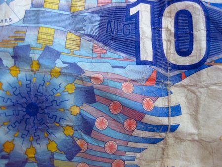 gulden: money laundry, ten guilder bill after ride in washing machine