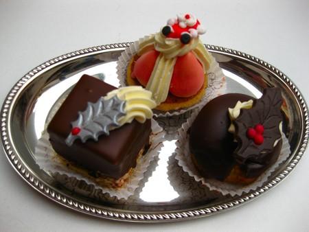 chocolaty: christmas chocolate cakes on a silver plate