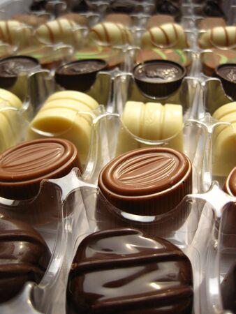 cafe bombon: Chocolates de lujo en una caja Foto de archivo