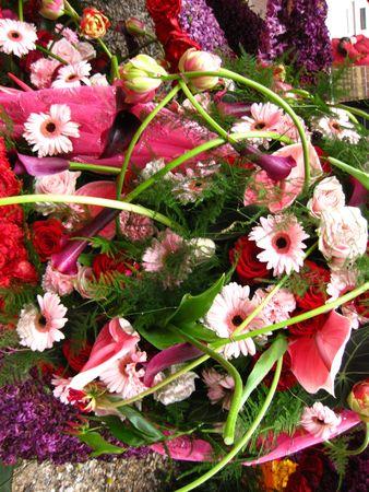 hyacints narcissus: pink flower arrangement on flower parade