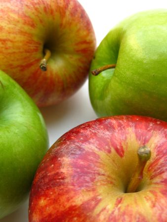 green and red apples photo