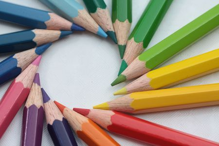 wooden pencil: circle of colors