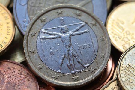 Italian one euro coin in close up - Uomo universale