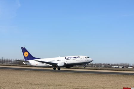 march, 7th 2010D-ABEA, Boeing 737-300 Lufthansa taking off from Amsterdam Airport