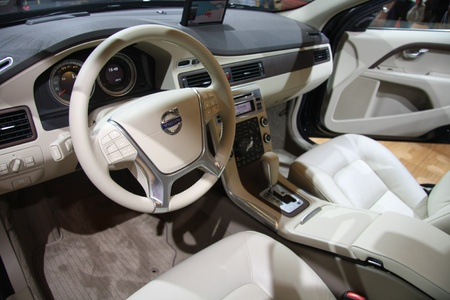 April, 22nd 2011 Amsterdam, the Netherlands. Amsterdam Rai Carshow Volvo XC70 interior. Trendsetting light leather interior as used in one of Volvo's top models the XC70 Stock Photo - 9397127